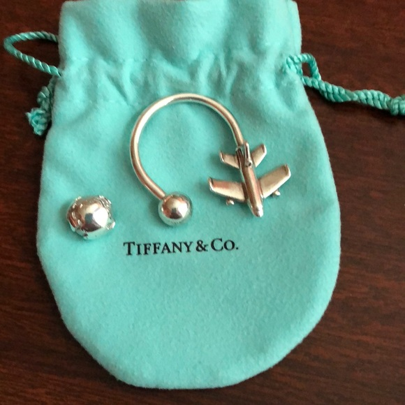 4766f5292 Tiffany and Co airplane key ring. M_5b2ed41d5c44523ab7304f07. Other  Accessories ...